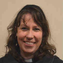 Rev  Canon Kirrilee Reid